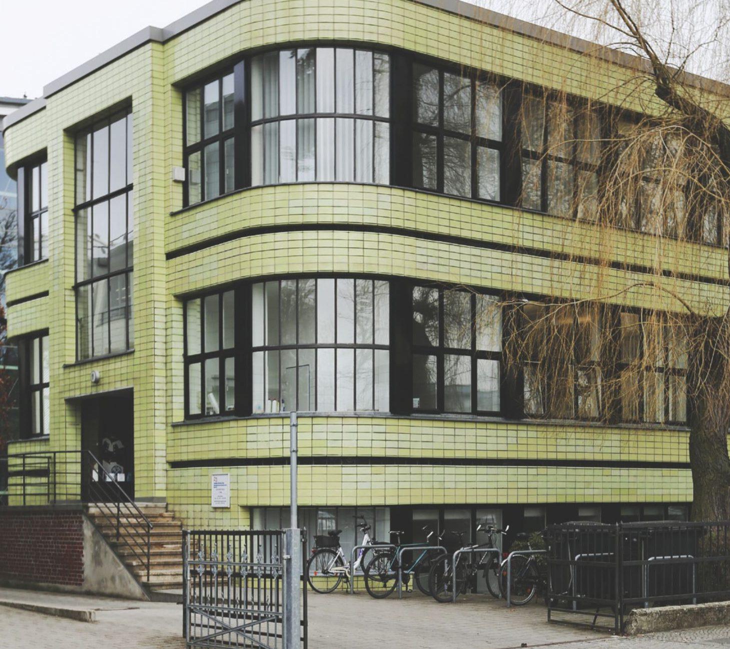 Bauhaus Architektur bauhausarchitektur kiezmagazin ferdinandmarkt