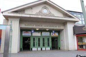 Bahnhofsportal zum Kranoldplatz
