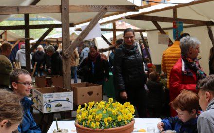 Frühjahrsmarkt_MeinLiLa_Bastelaktion©J.Goedicke.JPG