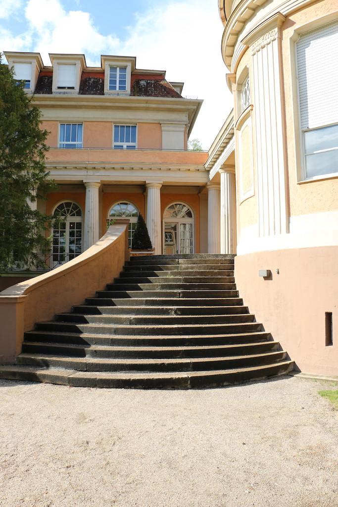 Siemensvilla_Corrensvilla Parkseite Treppe